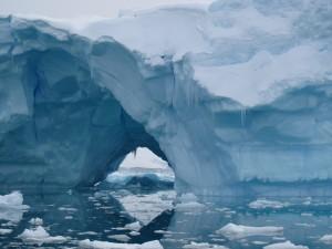 floating-iceberg